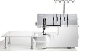 PHAFF COVERLOCK 3.0 SEWING MACHINE