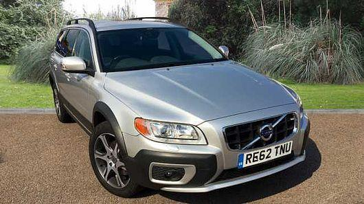 Volvo XC70 2.4 D5 AWD ( 212bhp ) ( s/s ) Geartronic 2013MY SE Lux SILVER MET
