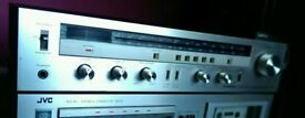 Pioneer SX-600L Receiver - Vintage stereo tuner amp with phono input for turntable - silver