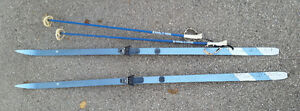 Kneissl Blue Star 210 Cross Country Skis with Nova Poles