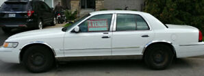 Mercury Grand Marquis LE 2001 ultra propre