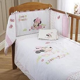 WANTED BABY COT DUVET BEDDING MINNIE MOUSE