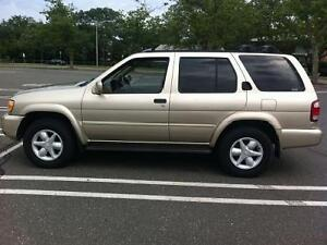 MUST SELL  2001 Nissan Pathfinder SUV, Crossover