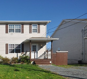 18-034 Lovely semi detached house in quiet Eastern Passage!