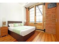 E1 ALDGATE EAST LARGE 3 BEDROOM 3 BATHROOM IN CONVERTED WAREHOUSE CLOSE TO LIVERPOOL STREET STATION