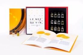 Le Nez Du Vin new unopened box of 12 white wine and champagne aromas to train the wine lover's nose