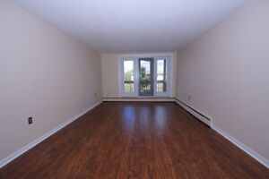 Pinecrest and Crystal: 85-133 Pinecrest Drive, 1BR