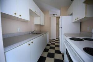 Caledonia Rd and Kennedy Dr: 15 Kennedy Place, 3BR
