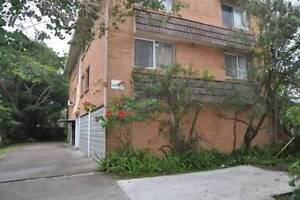 FULLY FURNISHED UNIT - CROYDON STREET TOOWONG Toowong Brisbane North West Preview