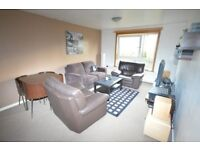 Bright and neutral, 1 bedroom, first floor flat in quiet location available November
