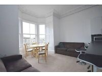 Perfectly Position 6 Bedroom Edinburgh Festival Apartment