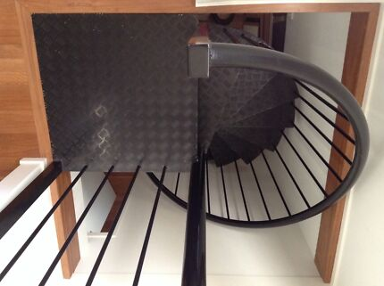 Powder Coated Alumunium Spiral Staircase