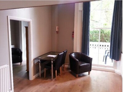 Spacious One Bedroom Flat with Balcony in W2