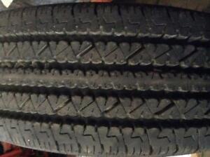 Pneus Neufs Bridgestone Commercial LT 245-75-16