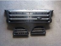 RANGE ROVER FRONT GRILLE AND SIDE VENTS ORIGINAL