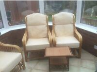 RATTAN FULL CONSERVATORY SUITE AS NEW CAN DLEIVER FREE
