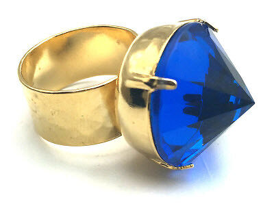 Gold pointed jewel ring