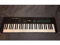 Yamaha DX 27 FM Synth