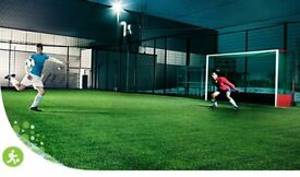 Casual 7 a-side players needed, Sunday 3.30pm Beckton £3
