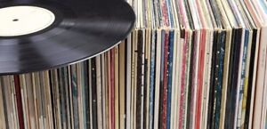 HOUSE VINYL COLLECTION  - 30  RECORDS - BULK DEAL!!!