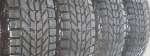 215/70 R16 (4) Firestone Winterforce UV studdless winter tires
