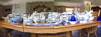 ensembles vaisselles bleus antiques déco