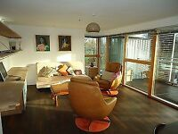 Modern spacious two bed flat & parking in lovely high quality apartment block in Chorlton 2 bedroom