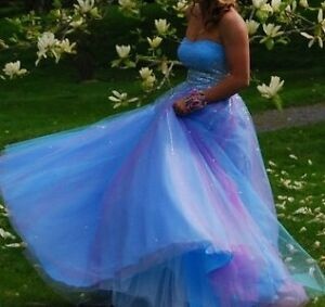 Feel like a Princess in your Prom Dress!!