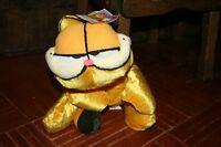 Très belle peluche Garfield neuve avec étiquette!