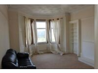 2 Bedroom top floor furnished/unfurnished flat to rent on Alexandra Parade, Dennistoun, East End
