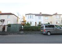 Traditional upper cottage furnished optional flat on Claddens Street, Parkhouse Northside