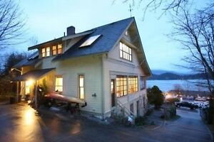 Gibsons & Area House for sale:  6 bedroom 3,386 sq.ft. (Listed 2
