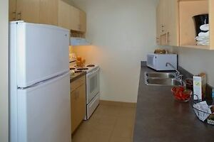 One Bedroom Apartment - Walk to Chinook Mall & C-Train