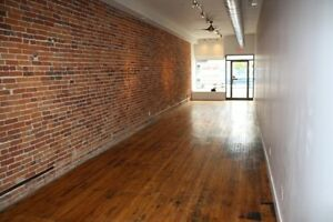 Prime Commercial Space on Front Street with Storage for Lease Belleville Belleville Area image 1