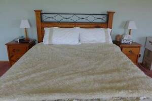Queen beds and bedroom suites - drawers etc Kurrajong Hawkesbury Area Preview