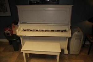 Piano Blanc droit a vendre