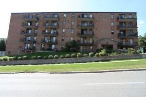 Edgehill Dr. and Anne St. N.: 114 Anne Street North, 2BR