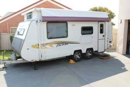 2015 A'van Aspire 563 Pop Top