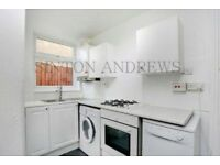 2 bedroom flat in Junction Road, Ealing, W5