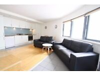 A 2 bed furnished flat, central E1 location, walk to 3 tube stations, South facing terrace