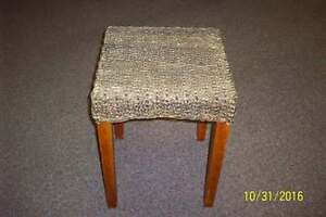 HANDY SQUARE TABLE/ STAND OR SEAT
