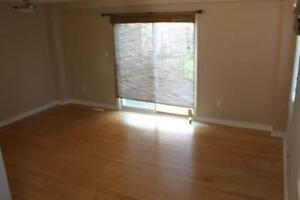 Beautiful 3bdrm *NW*Finished basement*Viewing Sat Dec3* London Ontario image 2