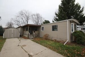Goderich #38 Newly renovated mobile home!