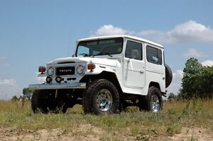 "1964 - 1980 4wd Toyota FJ-40 Land Cruiser 4"" Suspension"