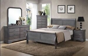 CLEAR OUT!!! Grey Wooden Full Bedroom Set