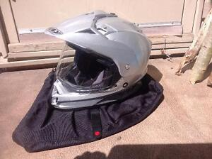 Dirt bike helmet small/medium