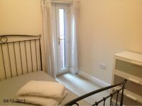 Lovely, 3 double bedroomed flat. Clapham South SW12 . 10 mins from tube. Let directly by landlord