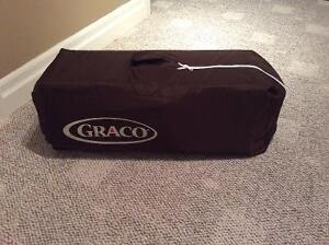 Graco pack & play with change table