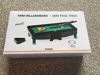Mini Pool Table Novelty Toy 16 Balls 2 Cues 1 Triangle