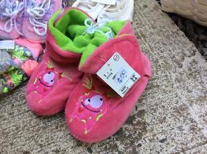 Baby shoes! Kawartha Lakes Peterborough Area image 5
